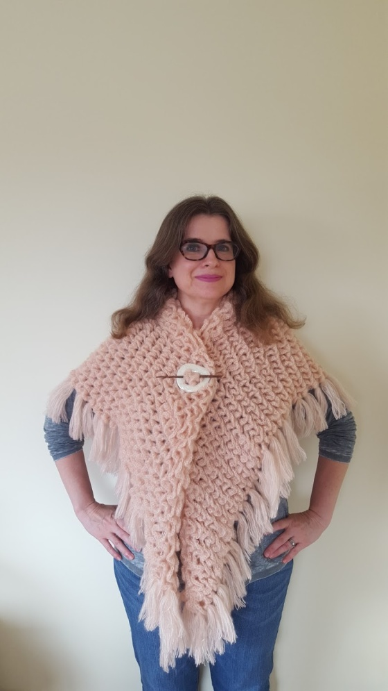 cameo triangle crocodile stitch shawl joanne pedro